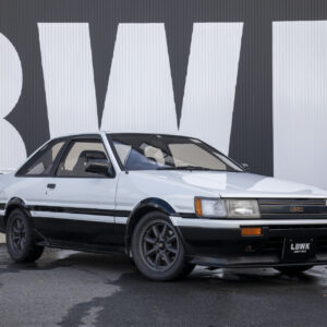 8281014dc7f8e8137dce92df422bd075-300x300 TOYOTA AE86 LEVIN (2Dr)