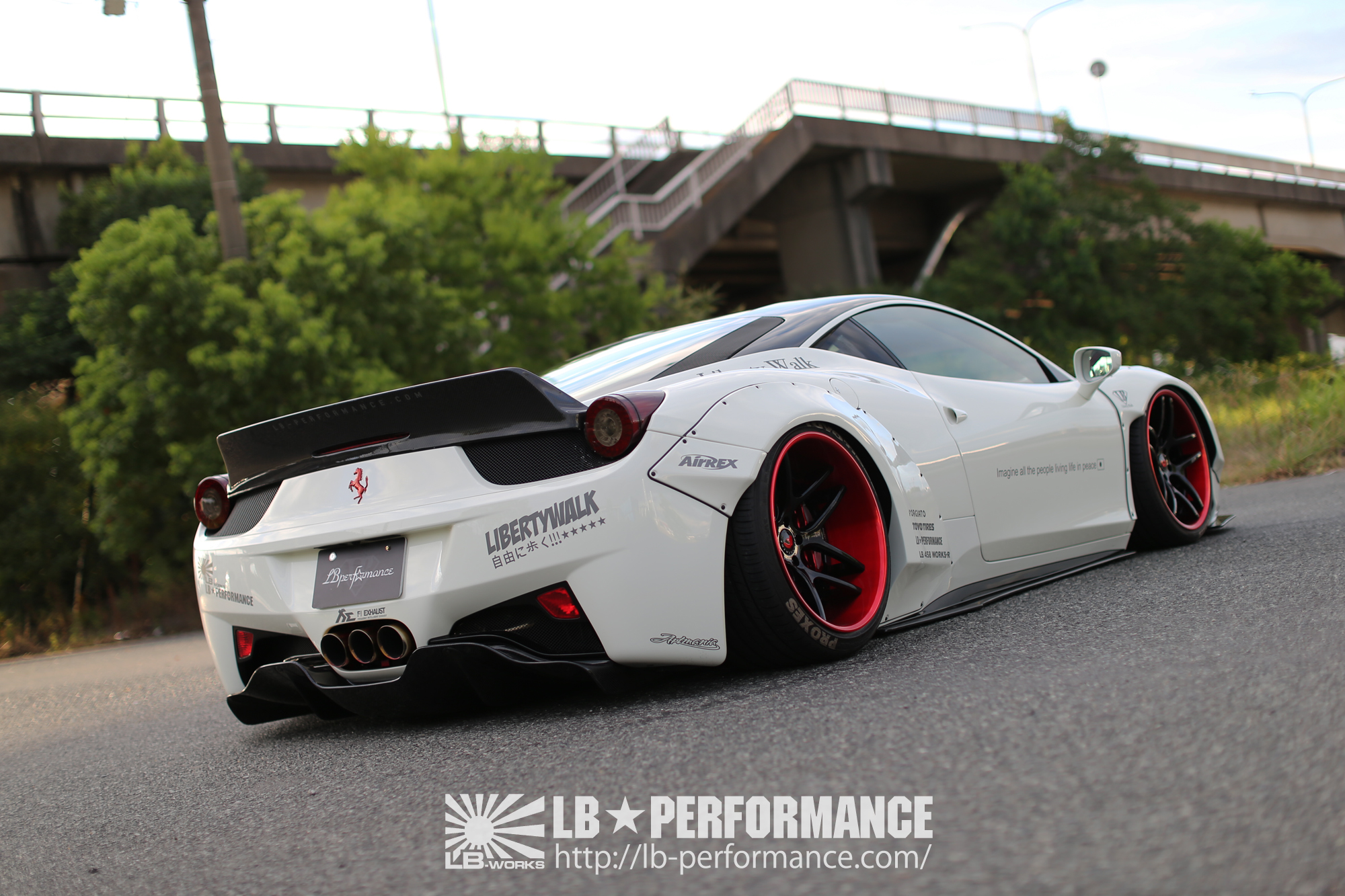 Liberty Walk Custom Car Ferrari 458 With Body Kit Liberty Walk リバティーウォーク