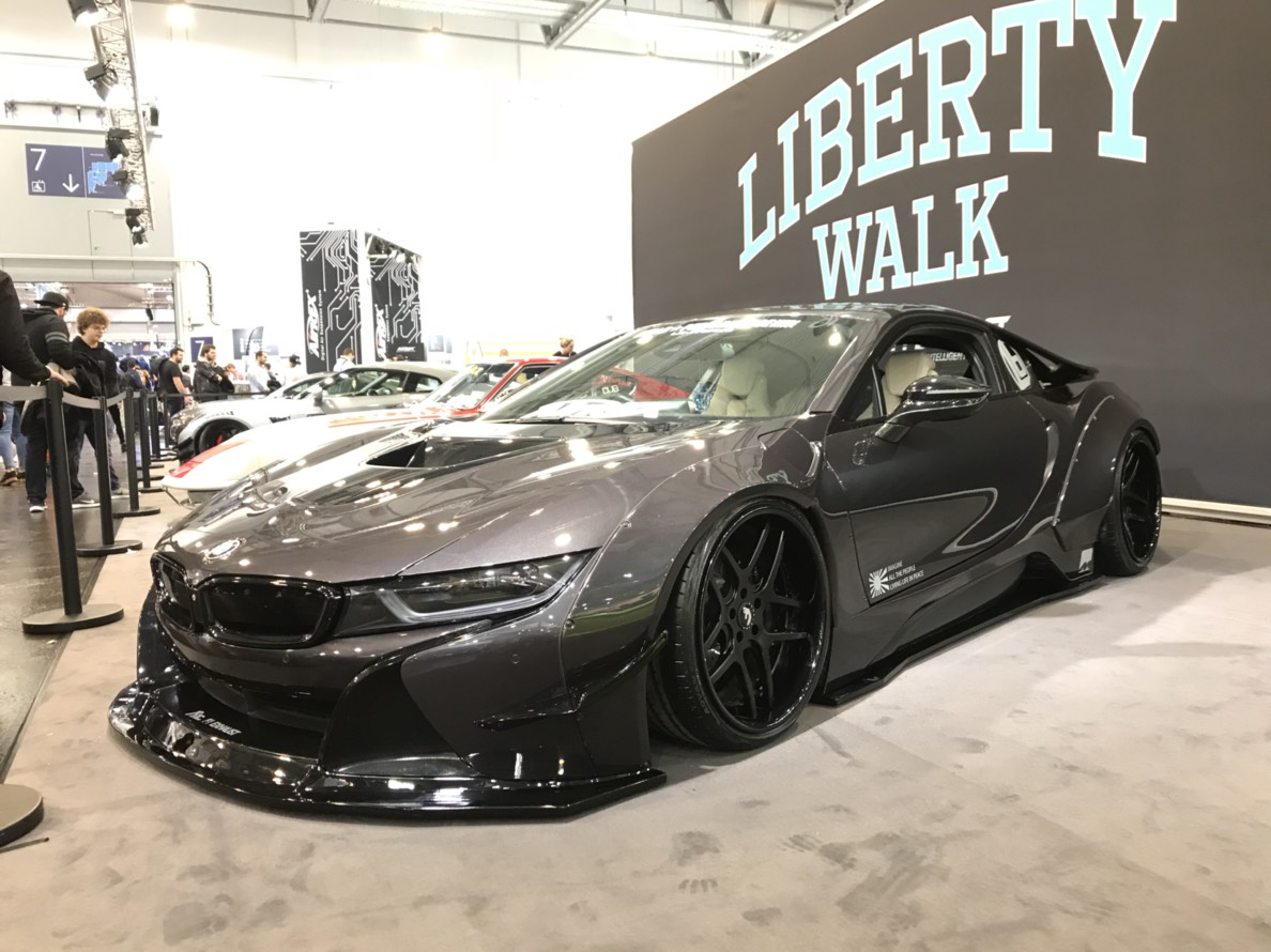 Liberty Walk リバティーウォーク Complete Car And Customize