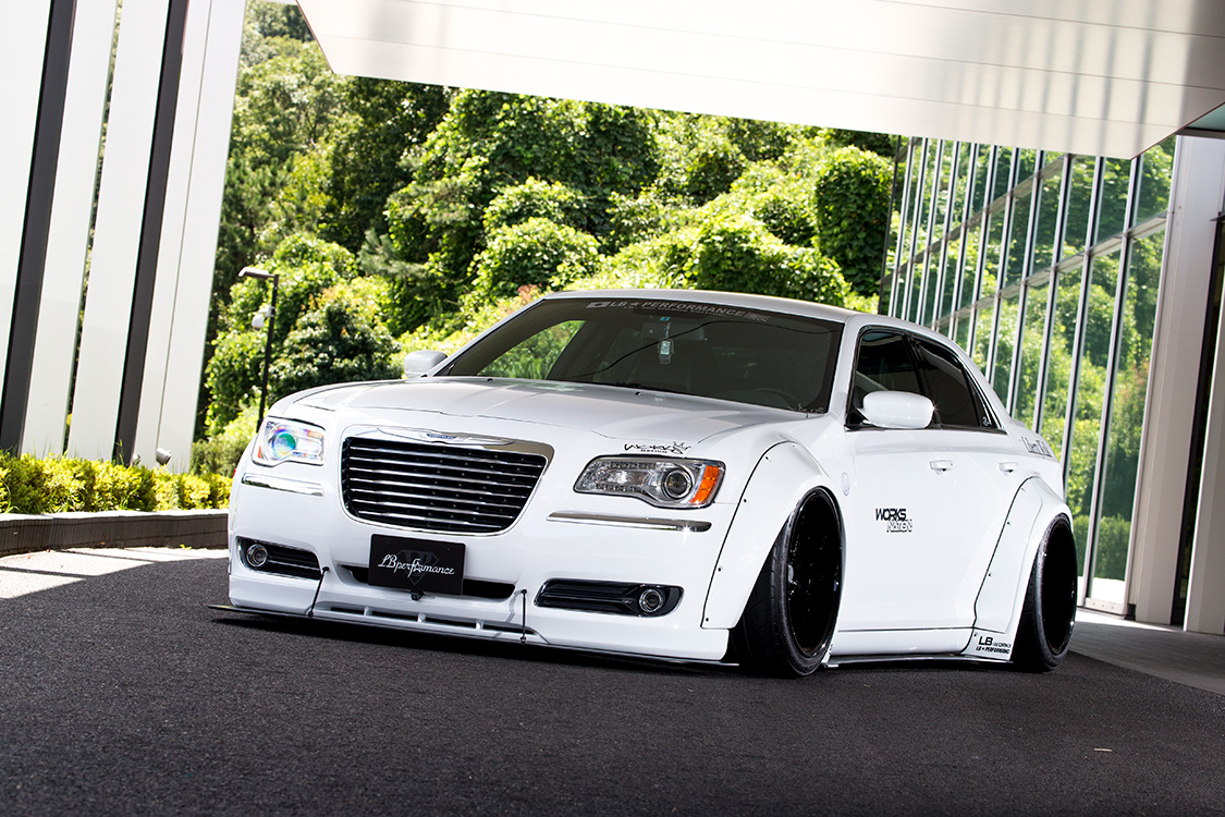 _MG_0179-2 LB★WORKS CHRYSLER 300 2011y〜