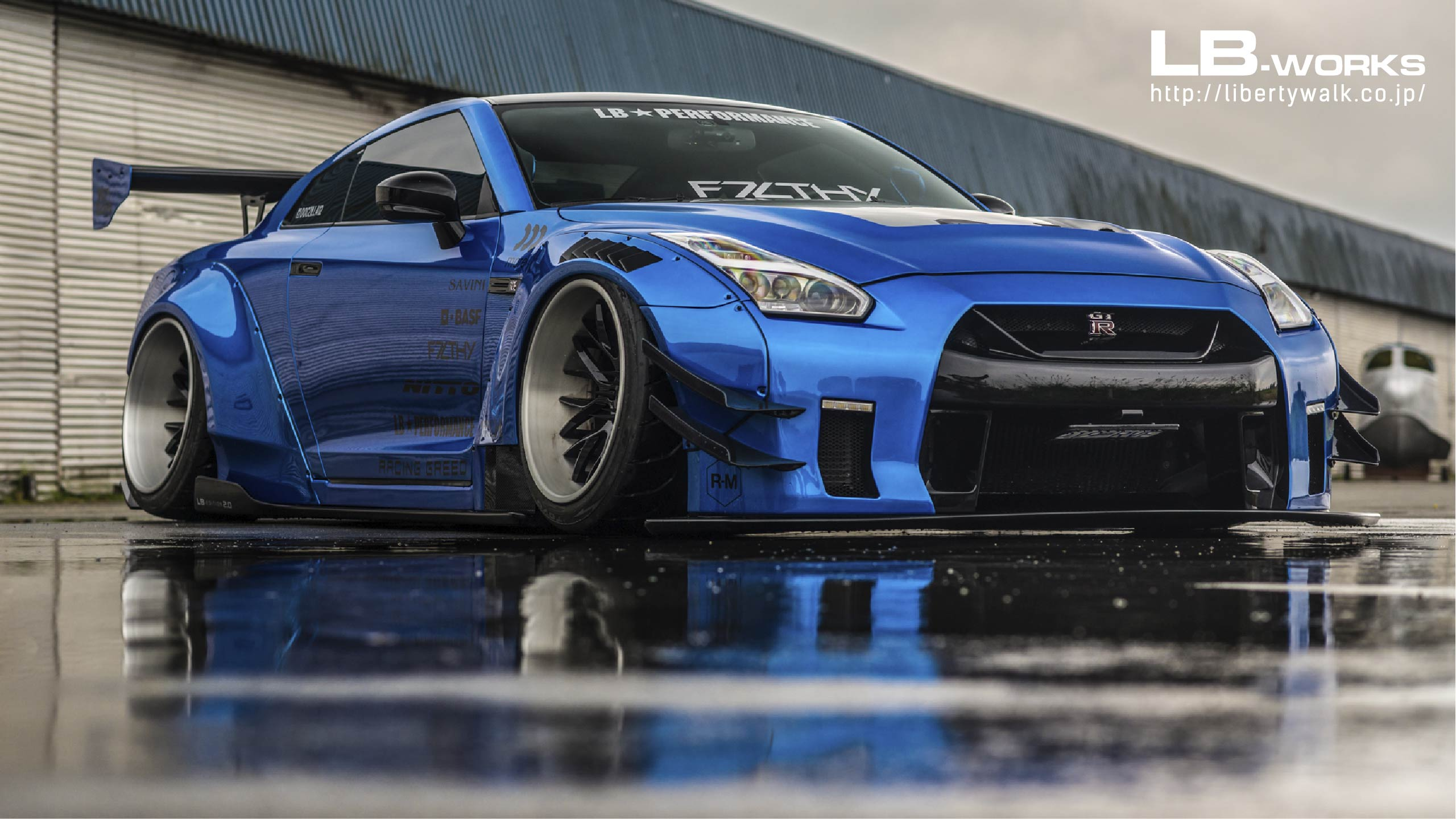 Lb Works Nissan Gt R R35 Type 2 Liberty Walk リバティーウォーク