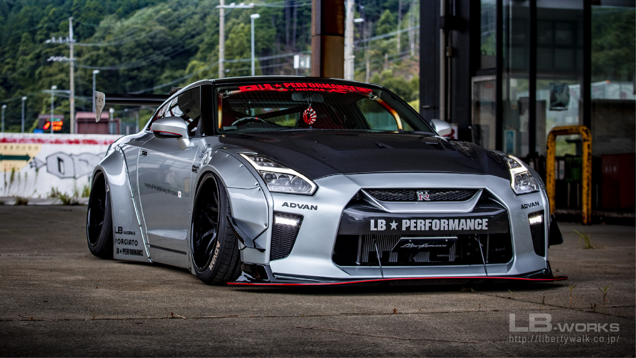 13-80 LB-WORKS NISSAN GT-R R35 type 1.5
