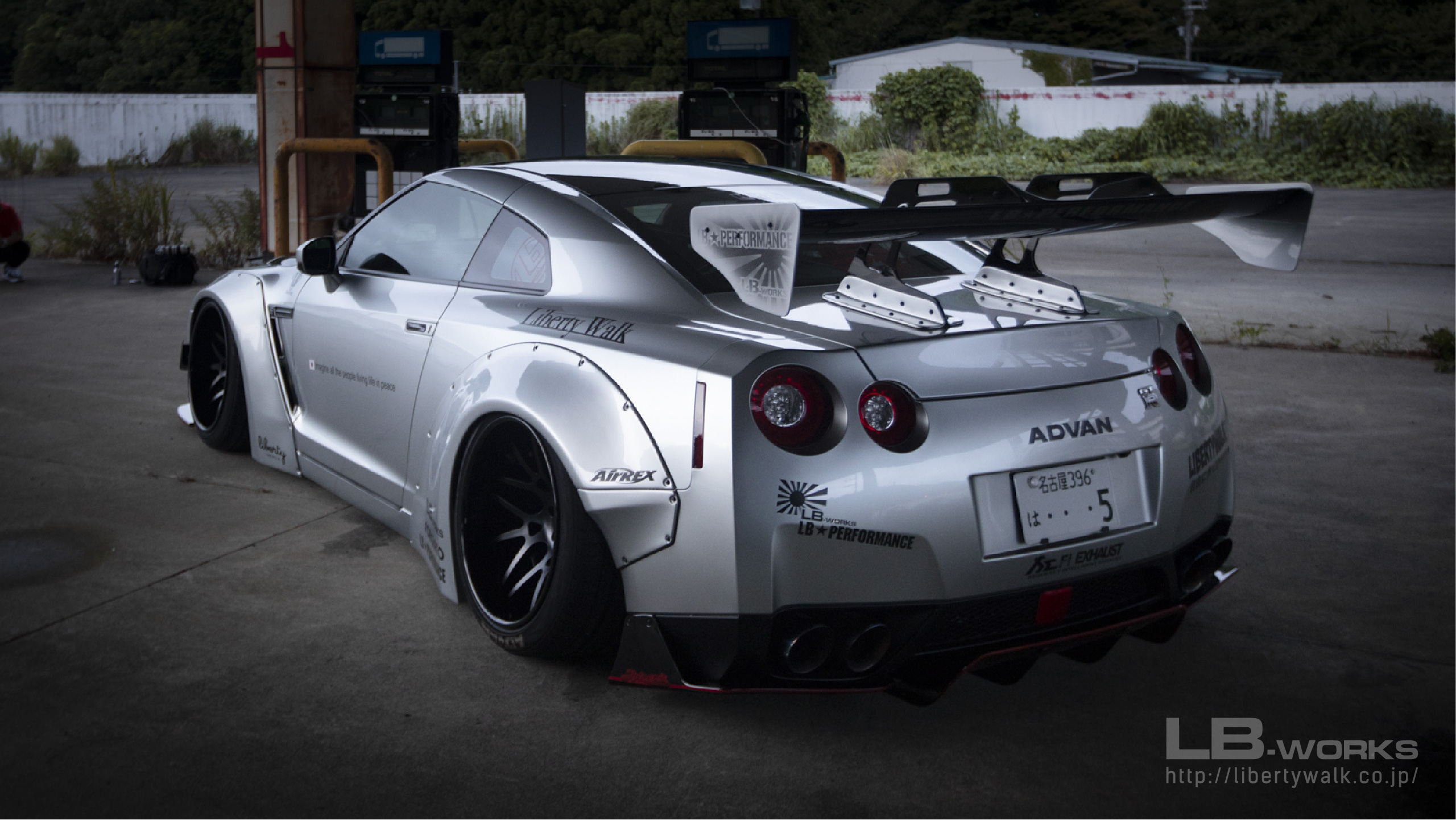 16-80 LB-WORKS NISSAN GT-R R35 type 1.5