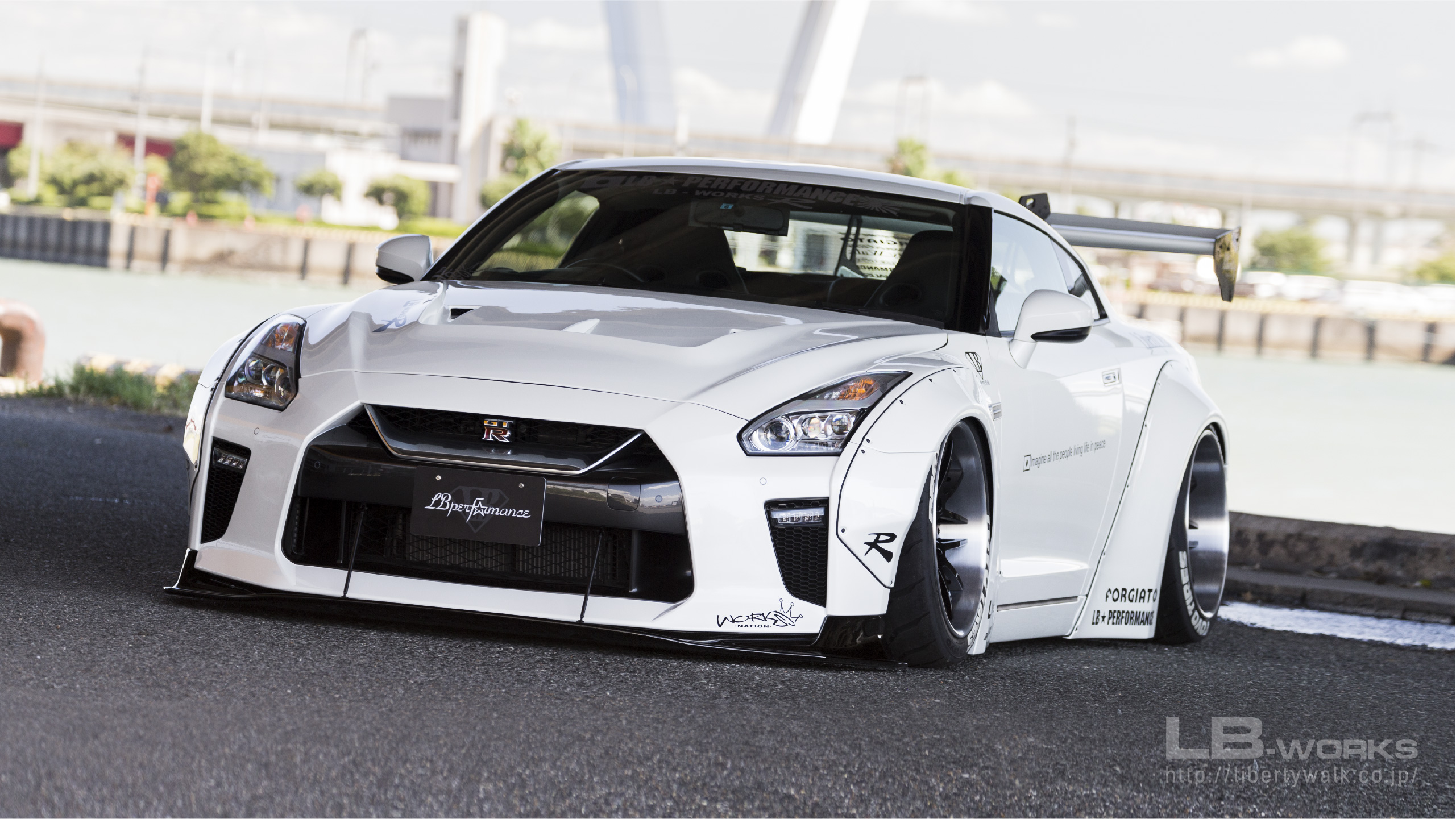 18-80 LB-WORKS NISSAN GT-R R35 type 1.5