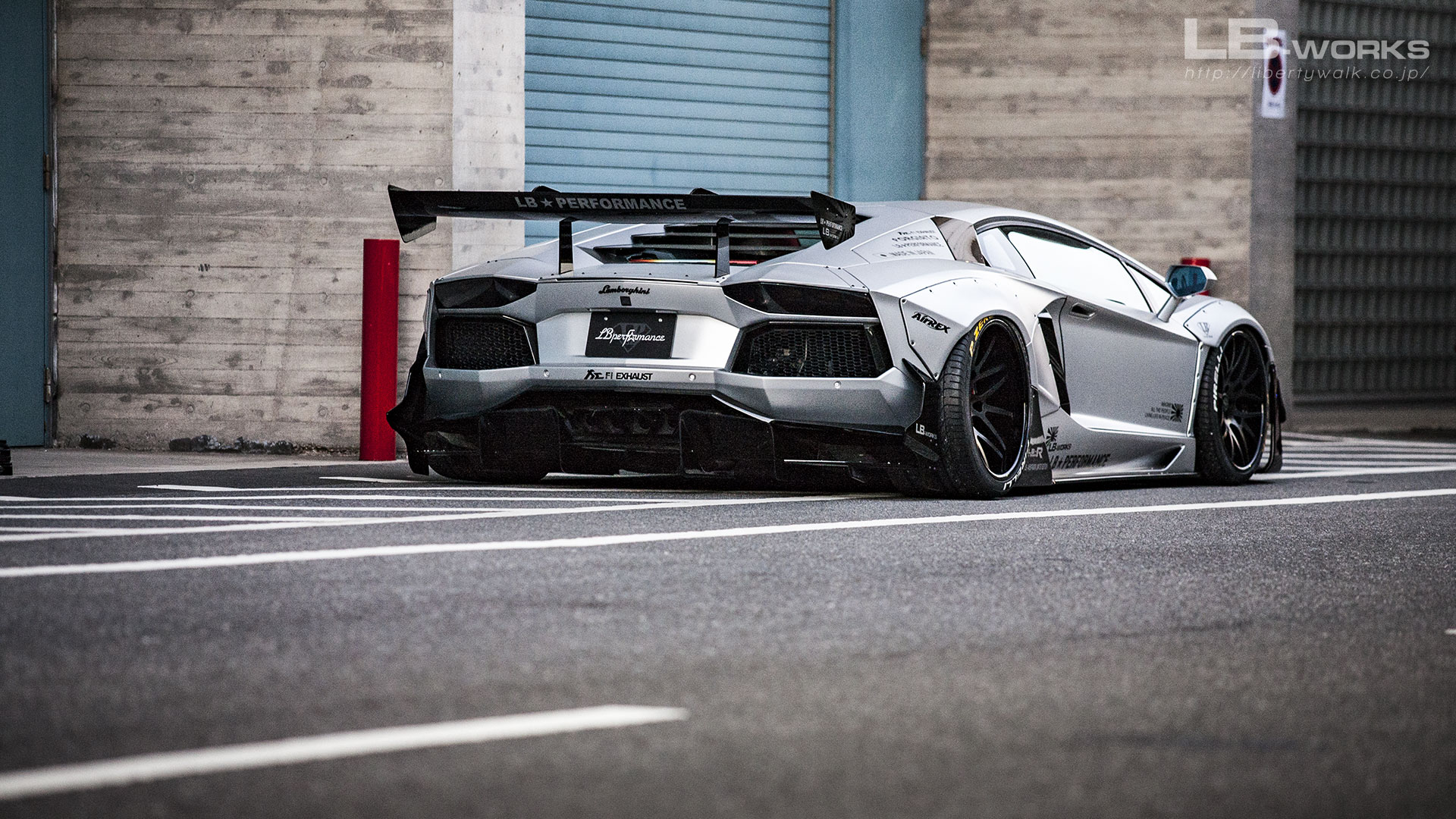 166 LB-WORKS Lamborghini AVENTADOR Limited Edition